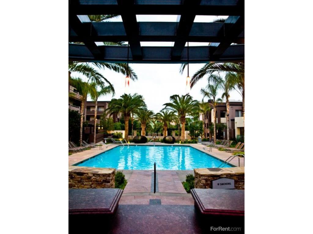 Avalon Burbank Apartments photo #1