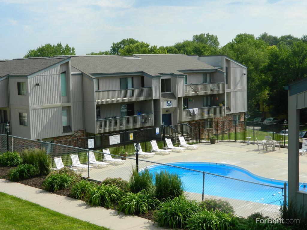 Pheasant Ridge Apartments photo  1. Pheasant Ridge Apartments  Bellevue NE   Walk Score