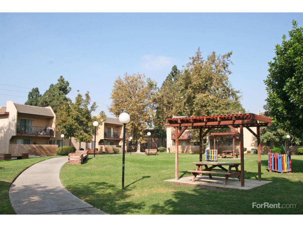 Village Meadows Apartments