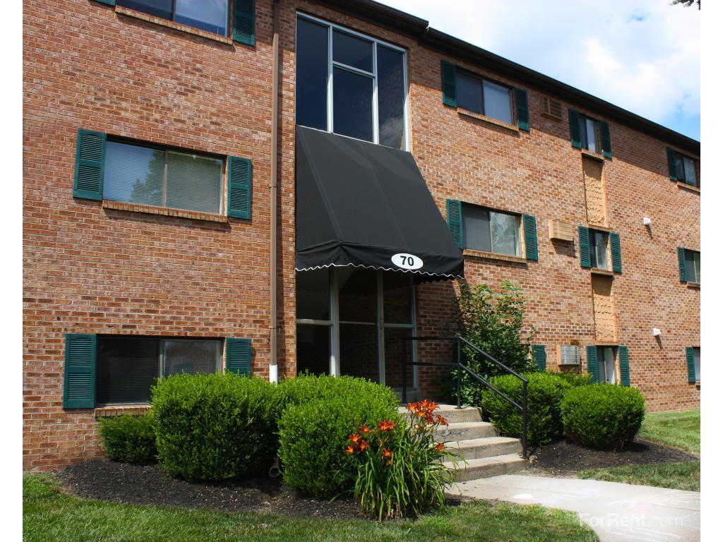 Crown Station Apartments photo #1