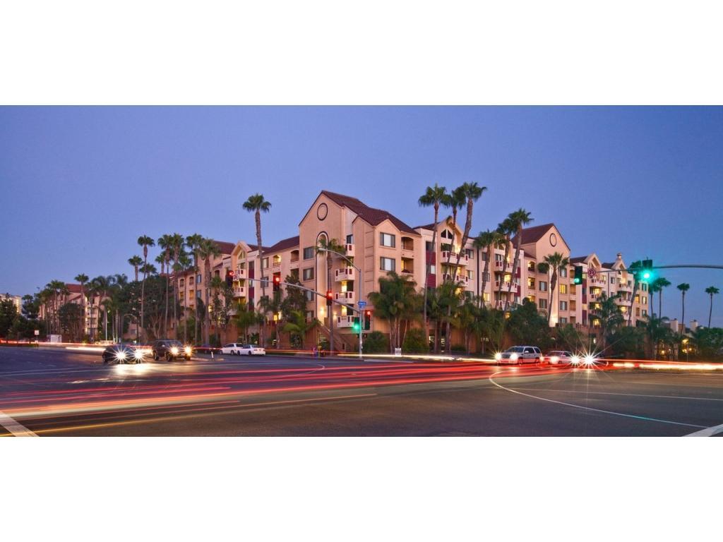 La Scala Apartments San Diego