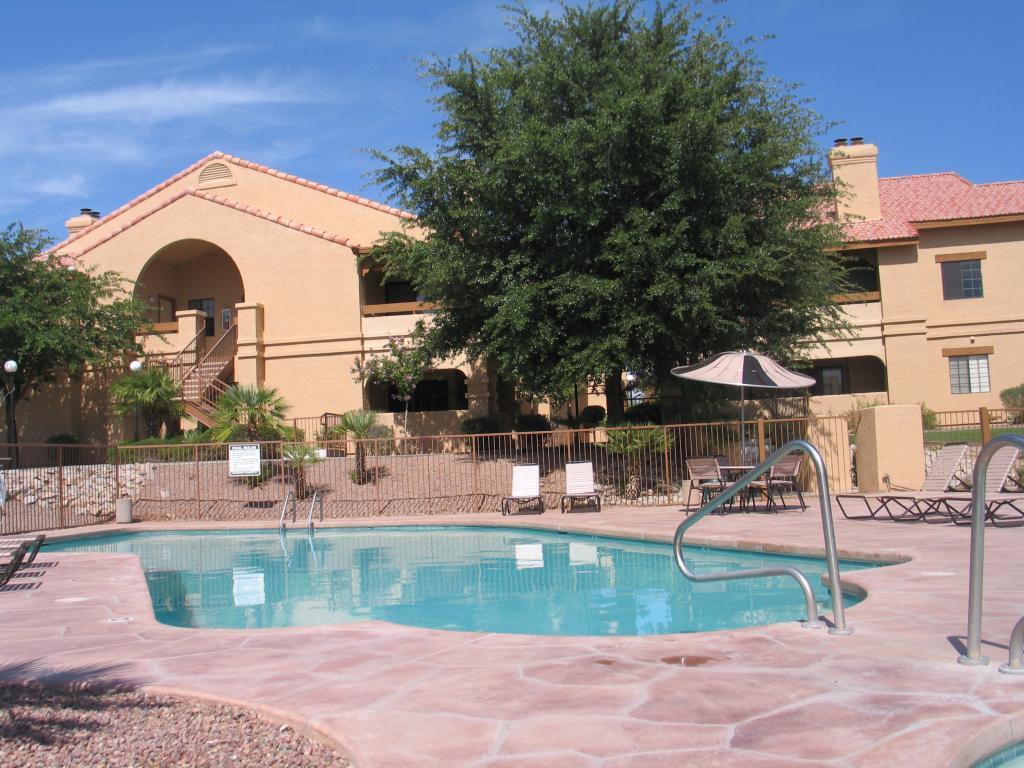 Coronado Villas Apartments photo #1