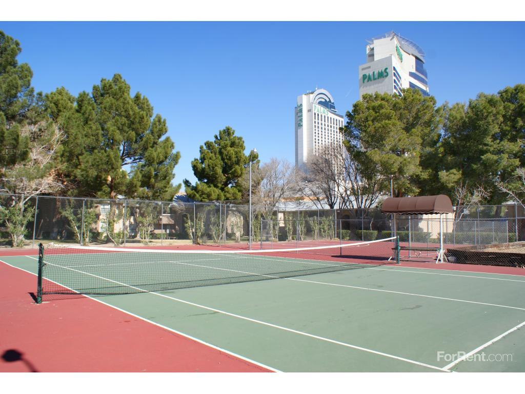 Rancho Mirage Apartments photo #1