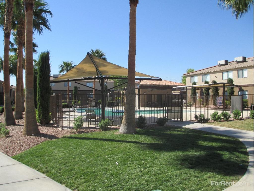 Arcadia Palms Apartments photo #1