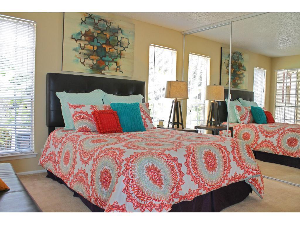 Contour Place Apartments photo #1