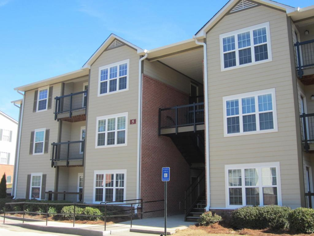 Maplewood Park Apartments photo #1