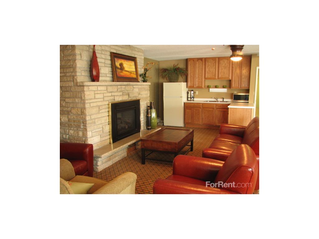 Centennial Commons Apartments, Roseville MN - Walk Score