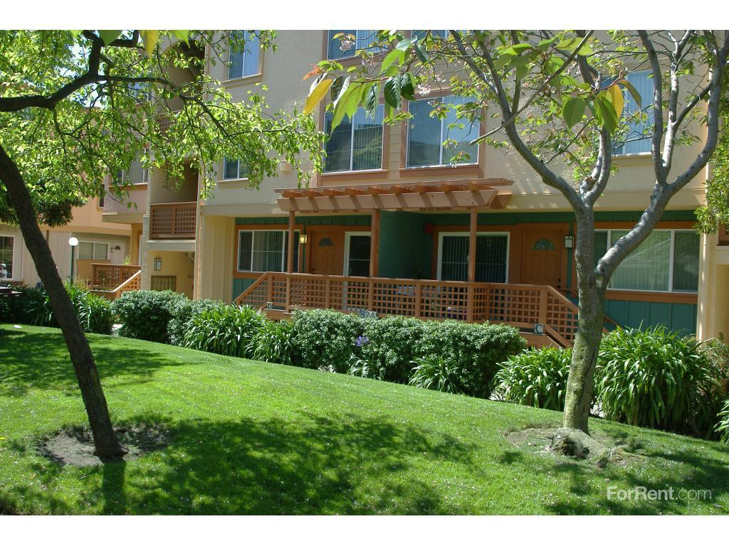 Peninsula Pines Apartments San Bruno