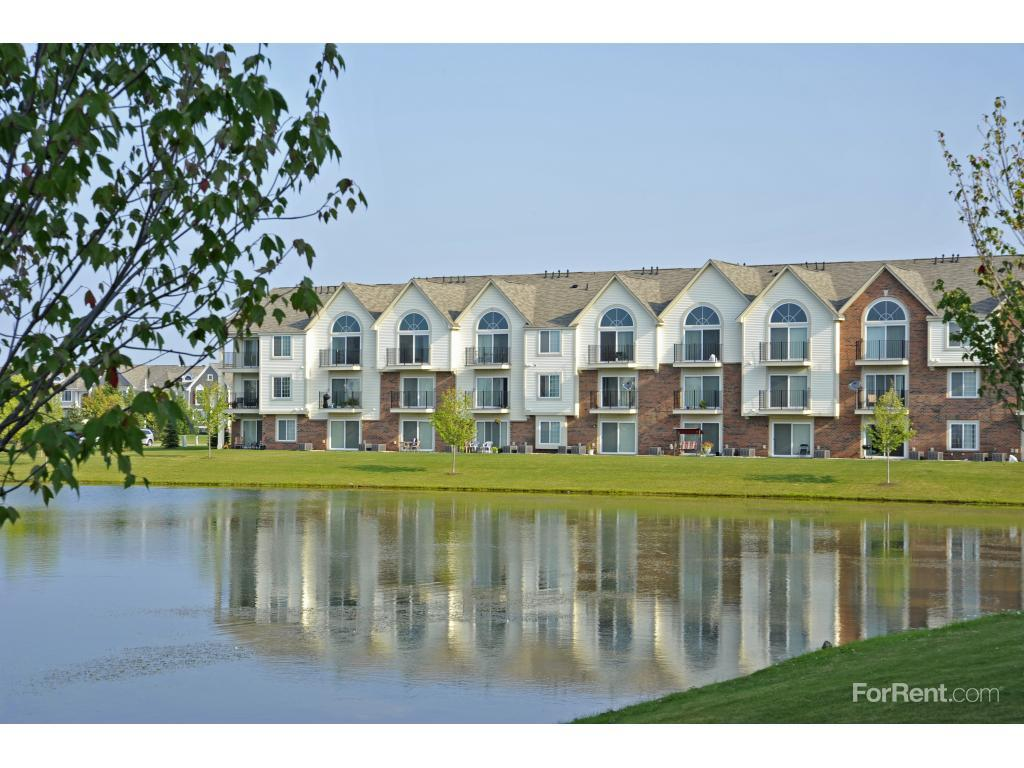 The Harbours Apartments Charter Twp Of Clinton Mi
