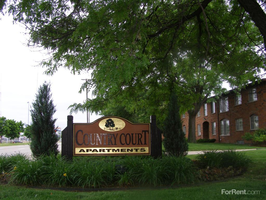 3 Bedroom Apartments In Southfield Mi 25603 Greenfield Rd Oak Park Mi Walk Score