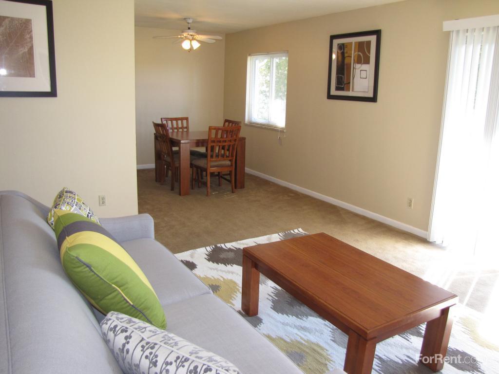 Sagamore Ridge Apartments photo #1