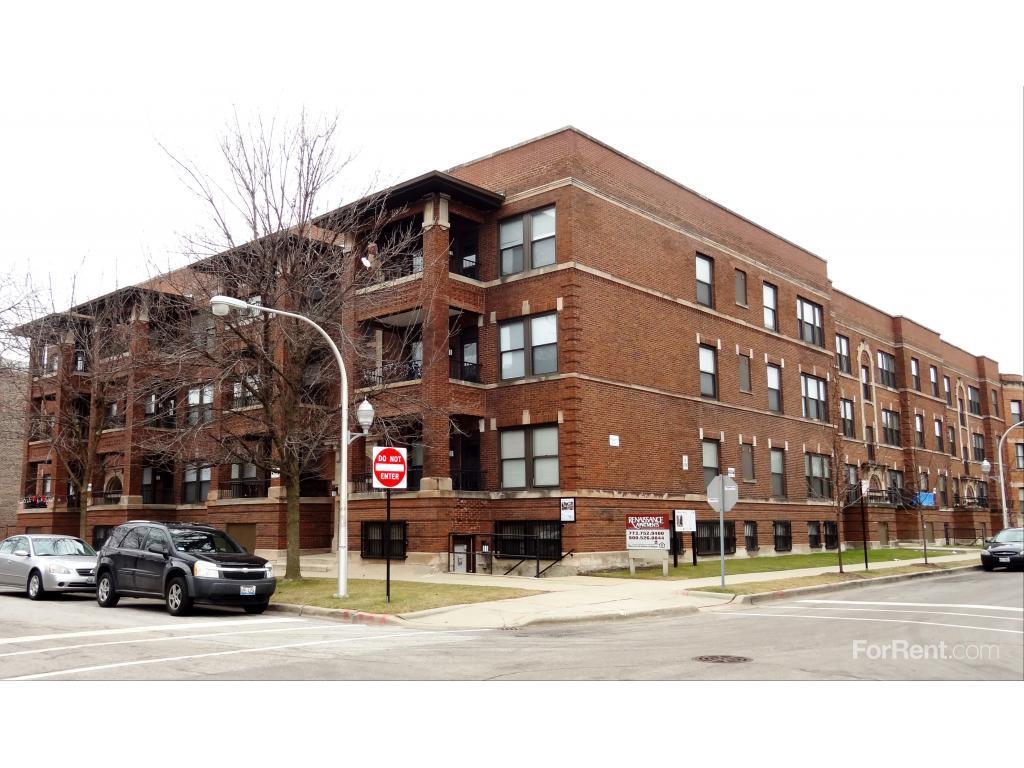 Renaissance Apartments Chicago Il