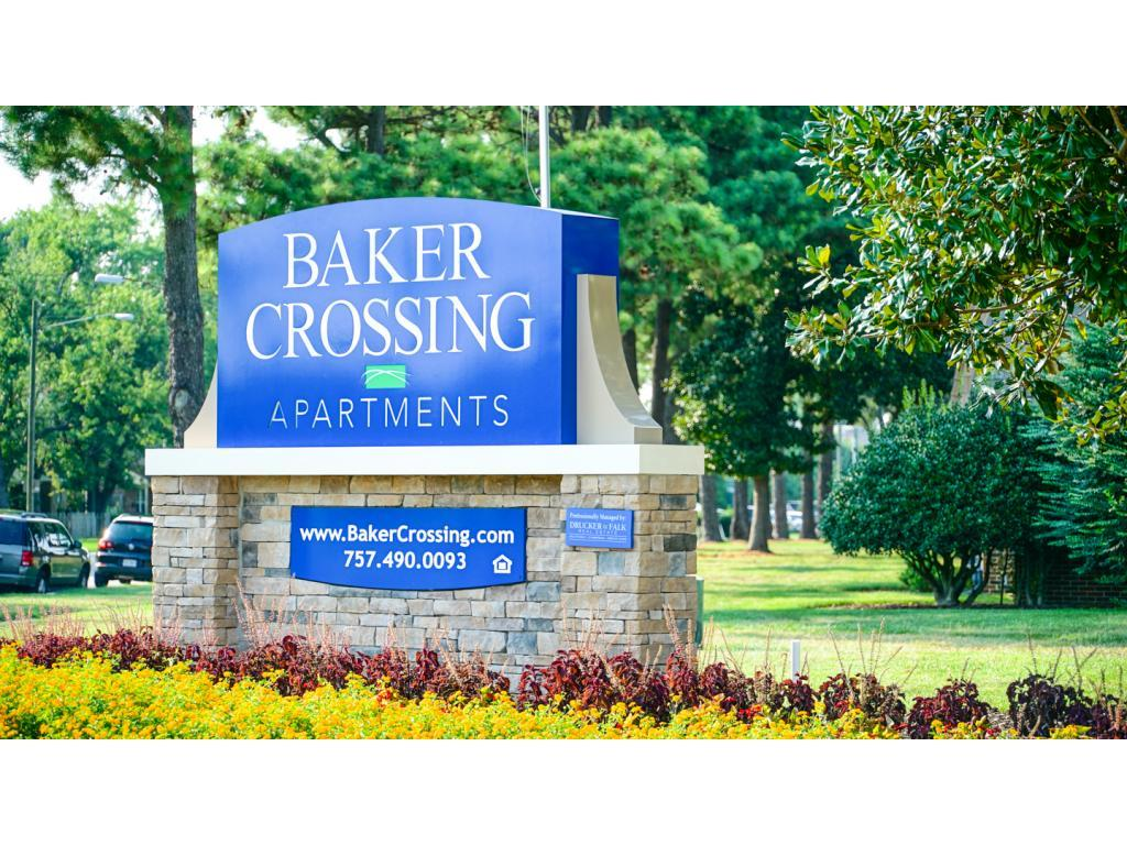 Baker Crossing Apartments photo #1