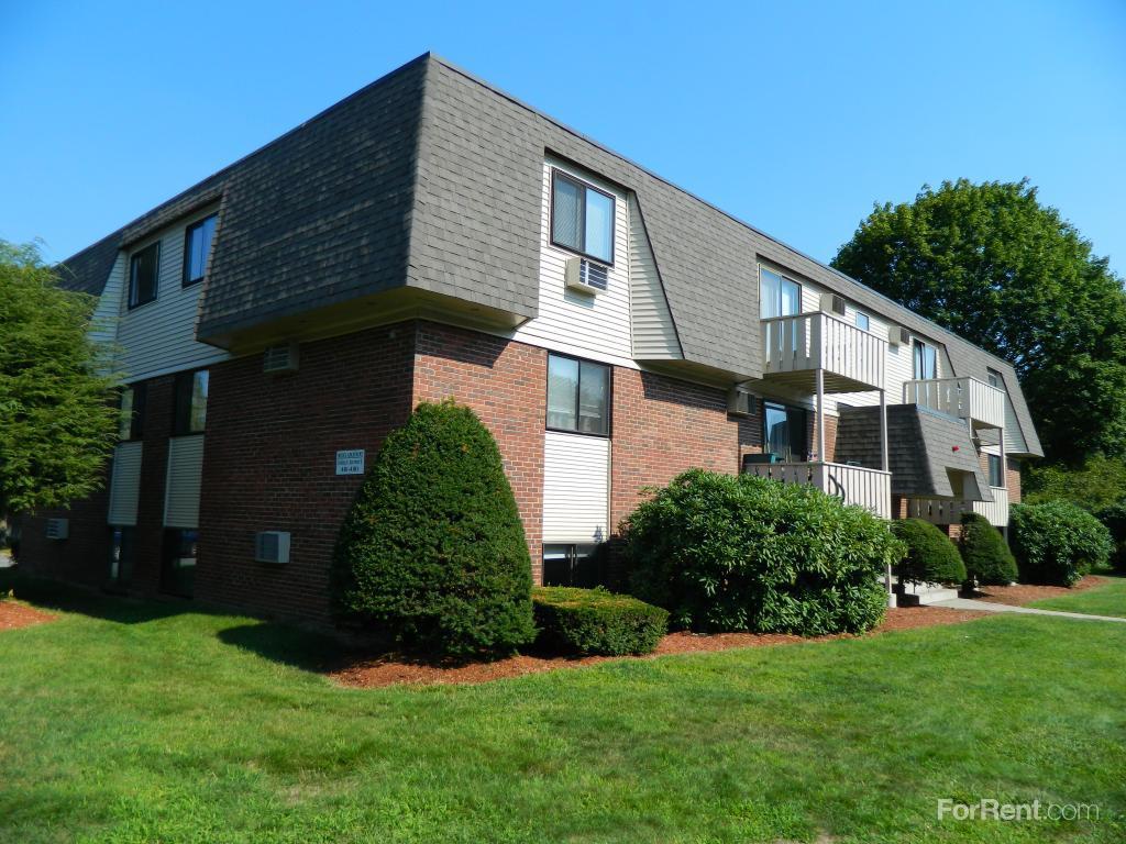 Brook Village East Apartments photo #1