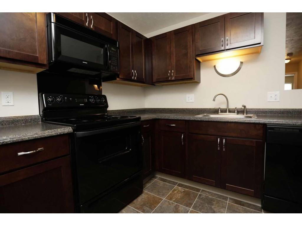 1 Bedroom Apartments In Grand Rapids Mi The Fountains Apartments Grand Rapids Mi Walk Score