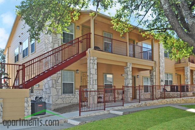 Stone oak place apartments san antonio tx walk score for Stone house apartment san antonio