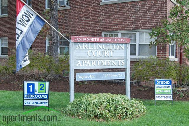 Arlington Court Apartments Photo #1