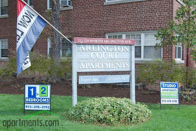 Arlington Court Apartments Photo #1