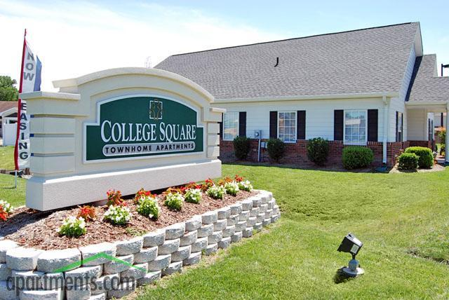 College Square Townhomes Apartments Photo