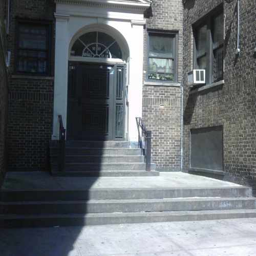 photo of 550-598 West 177th Street at 583 West 177th Street New York NY 10033