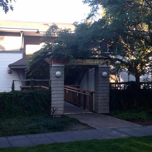 photo of Ivy Ridge at 4730 21st Avenue Northeast Seattle WA 98105