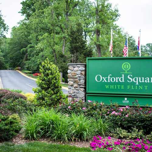 photo of Oxford Square At White Flint at 11902 Parklawn Place Rockville MD 20852