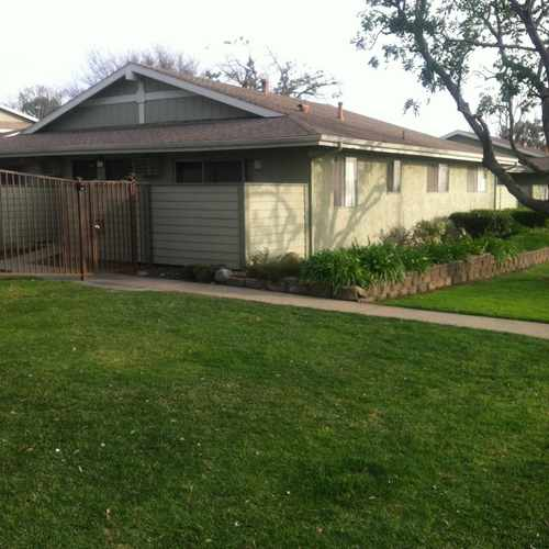 photo of Portofino on the Park at 850 North Benson Avenue Upland CA 91786
