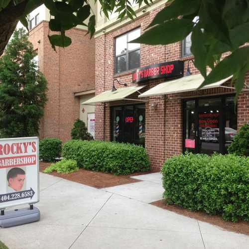 photo of Lindbergh Vista Apartments at 2591 Piedmont Road Northeast Atlanta GA 30324