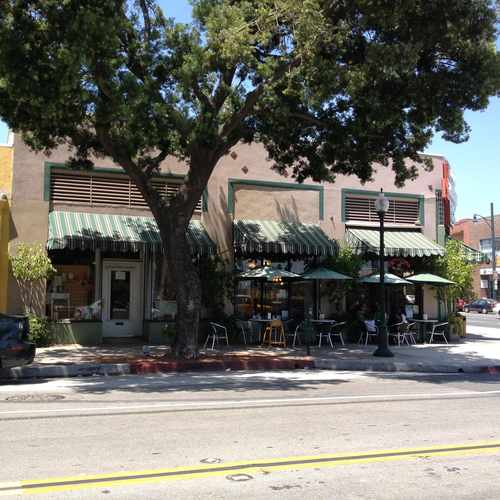 photo of Fair Oaks Pharmacy at 1526 Mission Street South Pasadena CA 91030