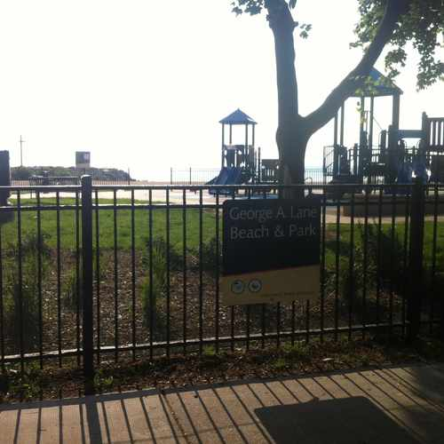 photo of Lane Park at 5910 North Sheridan Road Chicago IL 60660