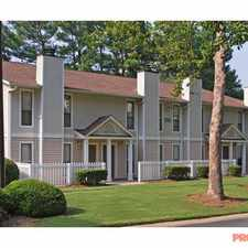 Rental info for Dunwoody Crossing in the Roswell area