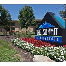 Rental info for The Summit at Ridgewood