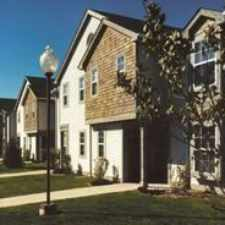 Rental info for Pineshores Apartments