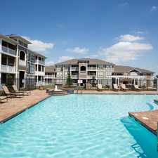 Rental info for Oak Crossing in the Fort Wayne area