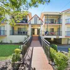 Rental info for Clean, Fresh & best in the complex! in the Taringa area