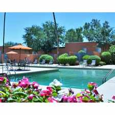 Rental info for Lakeside Casitas Apartment Homes in the Lakeside Park area