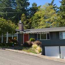 Rental info for 3235 Southwest Gale Avenue in the Southwest Hills area
