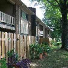 Rental info for 530 Harding Place Apt 93603-2 in the Crieve Hall area