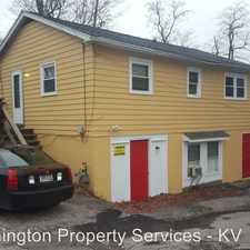Rental info for 407 1/2 S Lincoln St in the Bloomington area