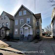Rental info for 62-64 Saltonstall in the East Haven area
