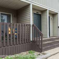 Rental info for 1729 N Lincoln St in the Bloomington area