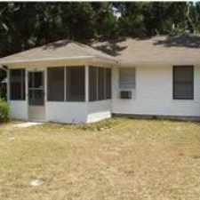 Rental info for 106 Alice St in the West Pensacola area