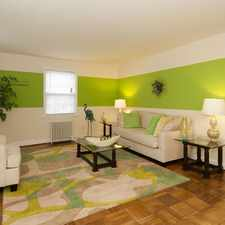 Rental info for 800 S Walter Reed Dr in the Arlington Heights area
