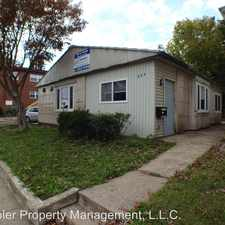 Rental info for 504 S. Lincoln Ave. in the Urbana area