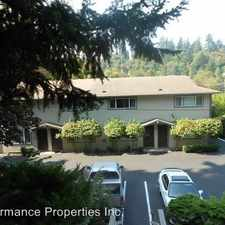 Rental info for 236 Pearl Street #10 in the Oregon City area