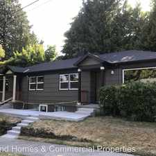 Rental info for 2733 SE 80th Avenue in the South Tabor area