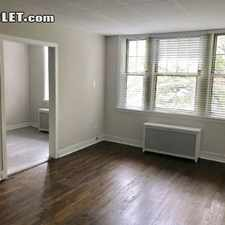 Rental info for $1300 1 bedroom Apartment in South Side Hyde Park in the Kenwood area