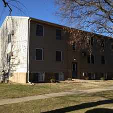 Rental info for 400 W. Vernon in the Bloomington area