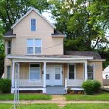 Rental info for 1002 N. Center in the Bloomington area