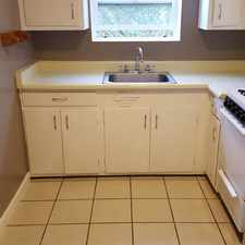 Rental info for 2835 California Street #4 in the Oakland area